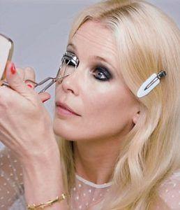 Maquillaje 372