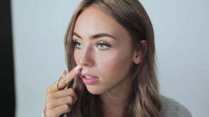 Maquillaje 358
